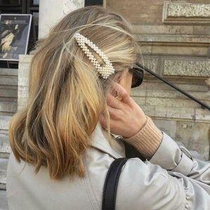 Trendy Pearl Hair Clip Barrette